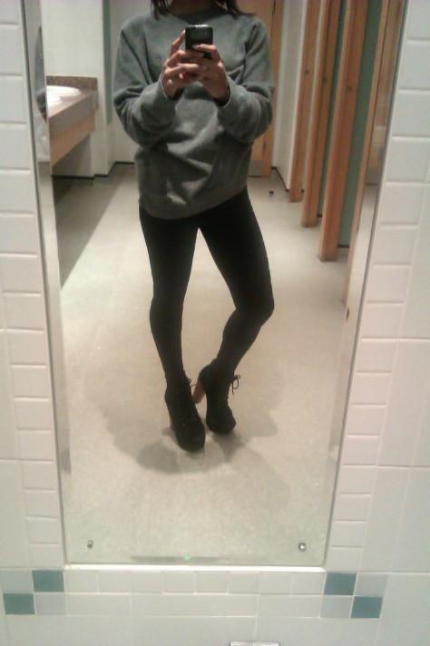 leggings: TK Maxx, shoes: Simmi, Jumper: Aquascutum