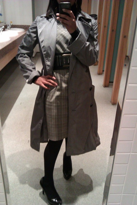 aquascutum trench coat open