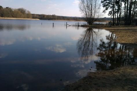 snow white kristen stewart pond