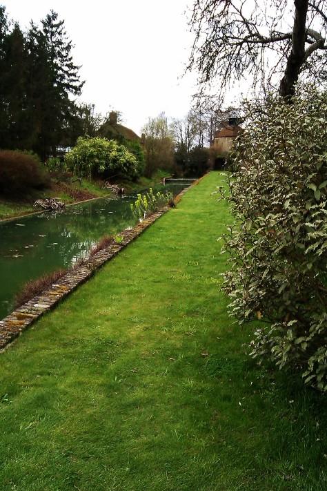 moat at loseley park