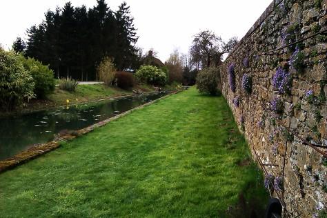 loseley park stream