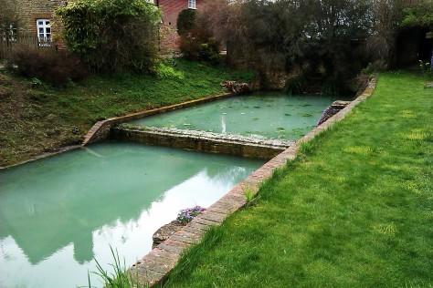 aquamarine water loseley park