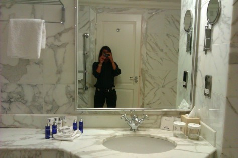 celtic manor bathroom