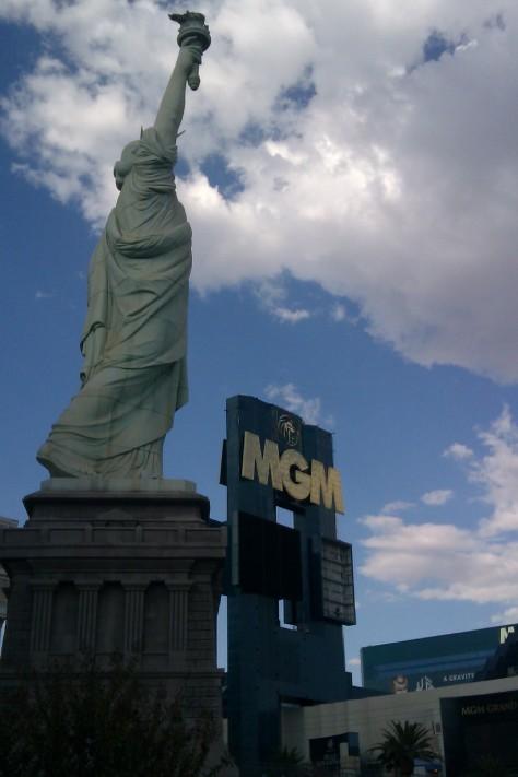 statue of liberty MGM las vegas