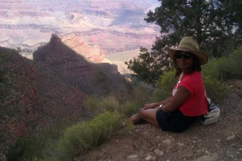 sharmeen khan at grand canyon