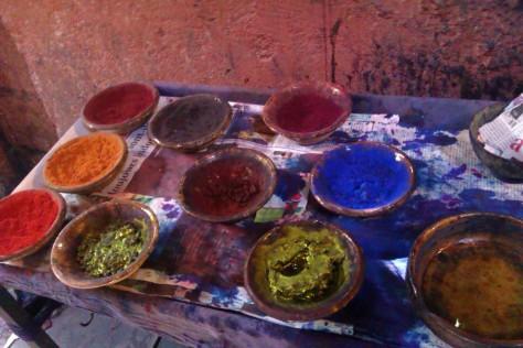 wool dyes in souk